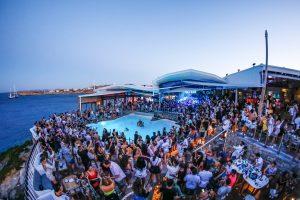 mykonos clubbing nightlife cavo paradiso mykonos club greece